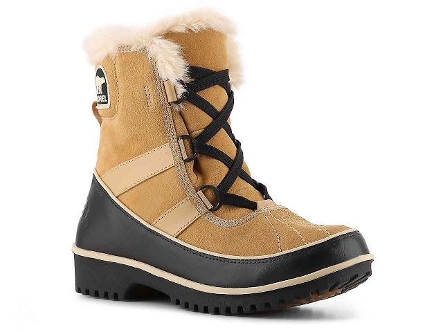 The SOREL Women's Tivoli II boot features a waterproof suede leather upper that is soft and flexible.  These winter boots are lined with fleece, and trimmed with faux fur offering you comfort and warmth.