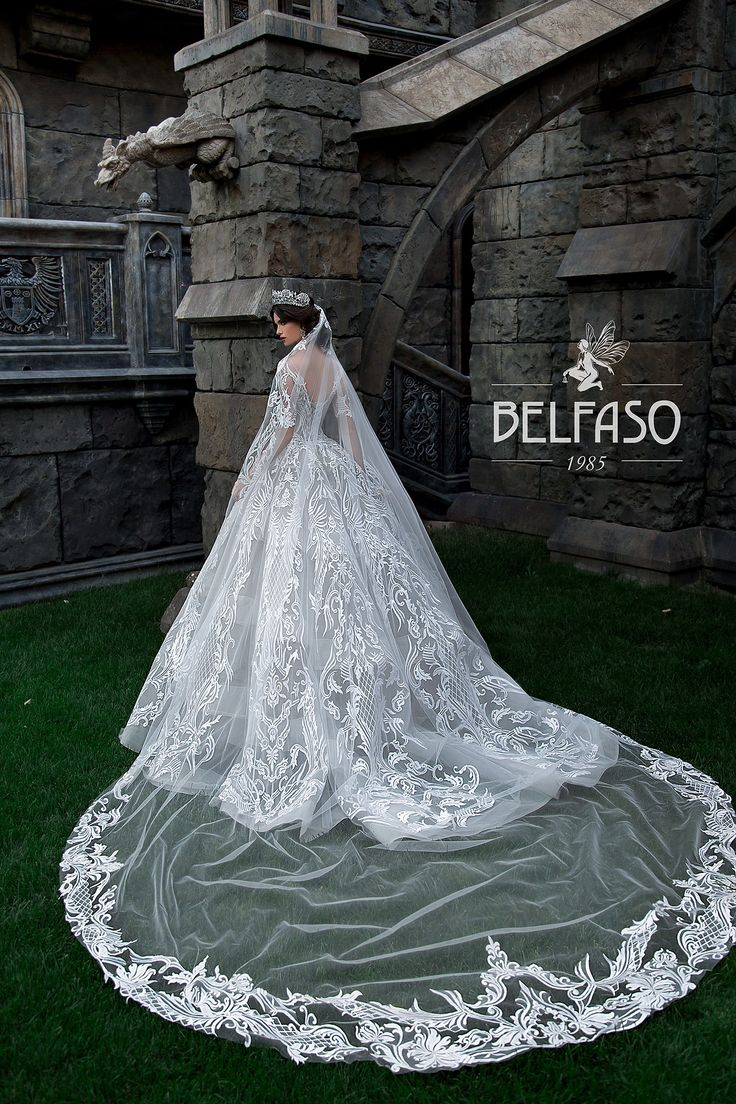 8 best Wedding dress images on Pinterest | Short wedding gowns ...