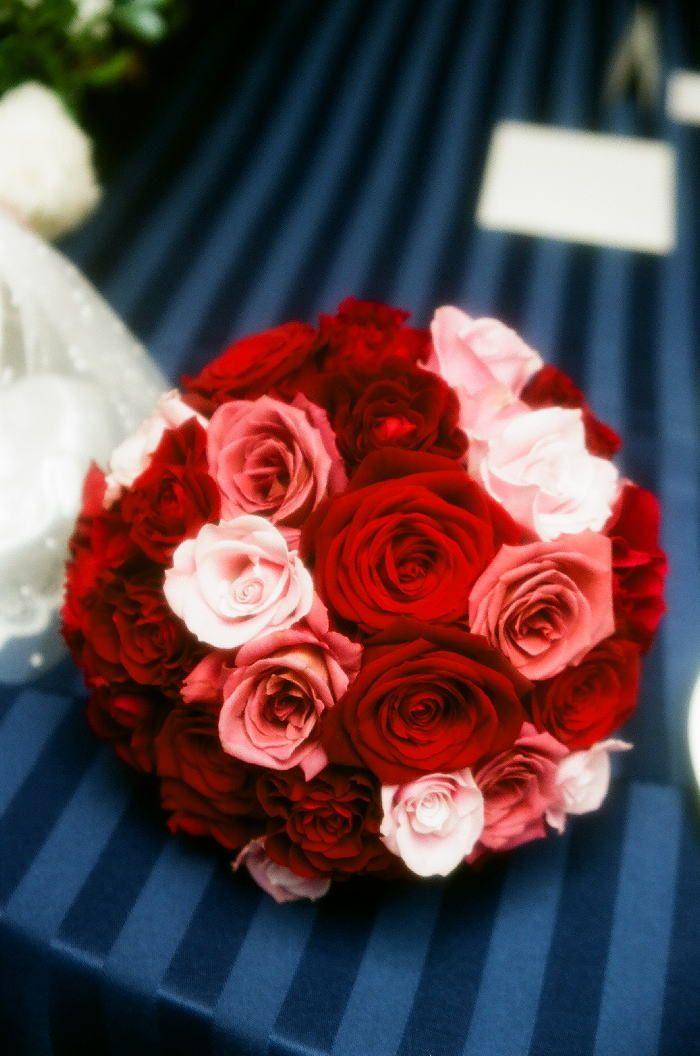 新郎新婦様からのメール 白のユリと赤のバラ ヒルトン東京
