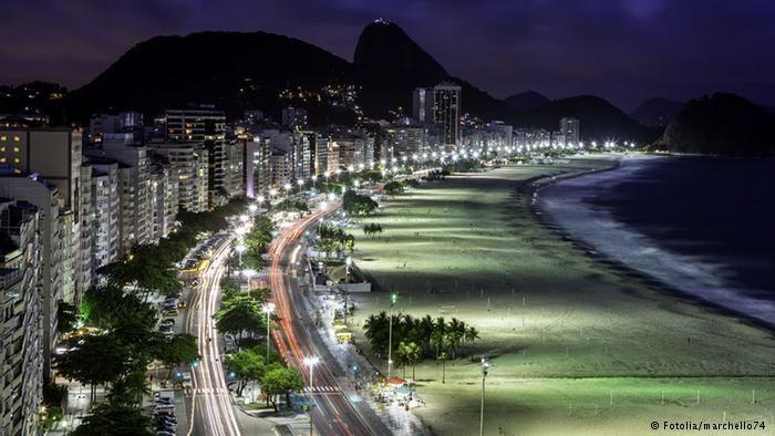 Orla de Copacabana, cartão-postal da cidade: preços caíram até 30% nos últimos dois anos