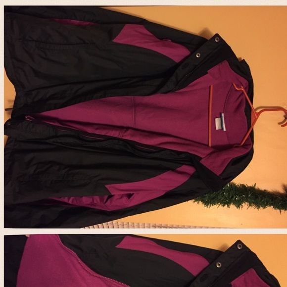 Columbia coat Two part Columbia coat. Excellent condition. Columbia Jackets & Coats
