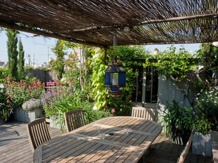 17 best images about rooftop gardens on pinterest for Terrace pergola