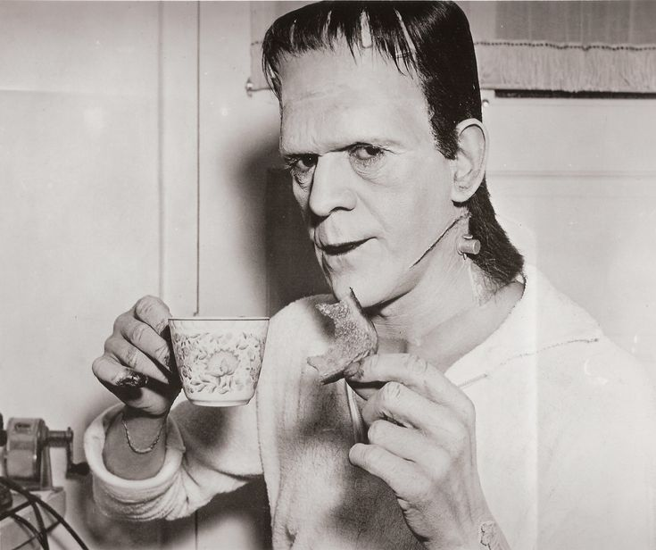 "11 Photos That Will Instantly Cure Your Fear Of Horror Movies: 6. The Monster has refined sensibilities. - ""Frankenstein"""