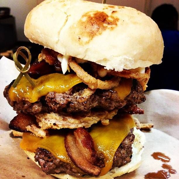 15 Restaurants In Knoxville That Will Blow the Tastebuds Right Out of Your Mouth!