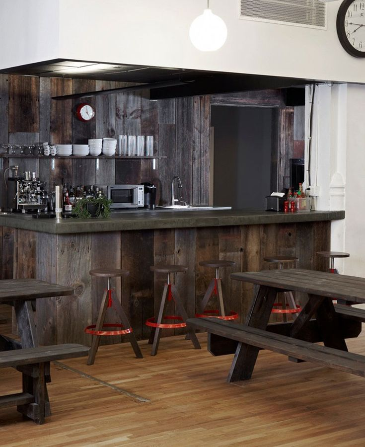 Using kitchen to give a bar effect