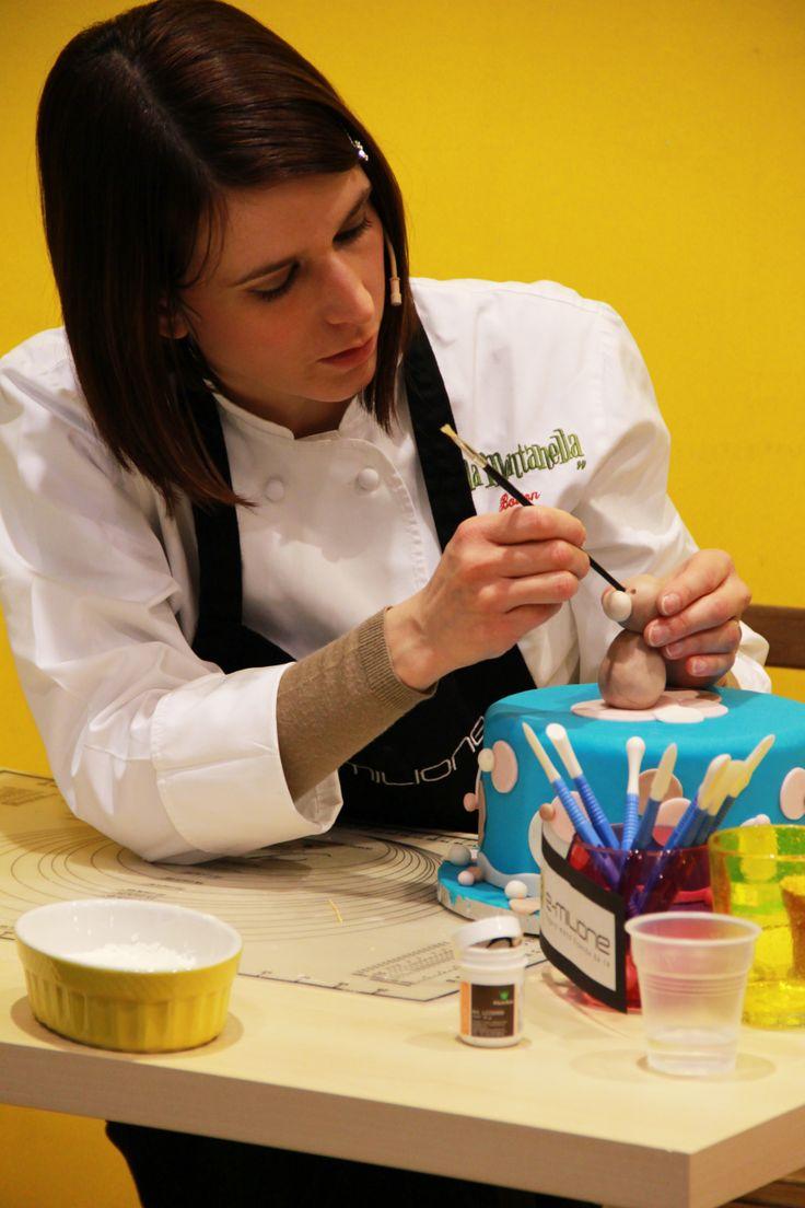 La Cake Designer alle prese con le prime spiegazioni