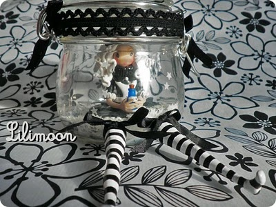 Princess rouspette: Alice in Wonderland black and white.