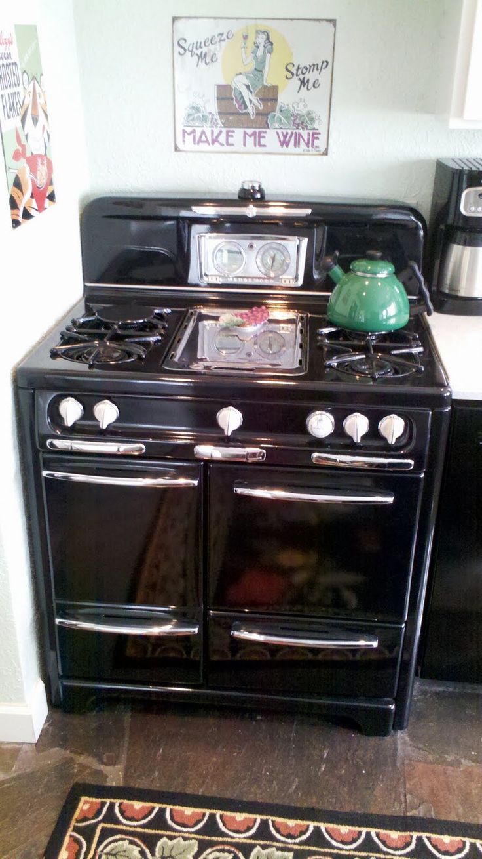 Antique Looking Kitchen Appliances 984 Best Images About Vintage Stoves On Pinterest Stove Old
