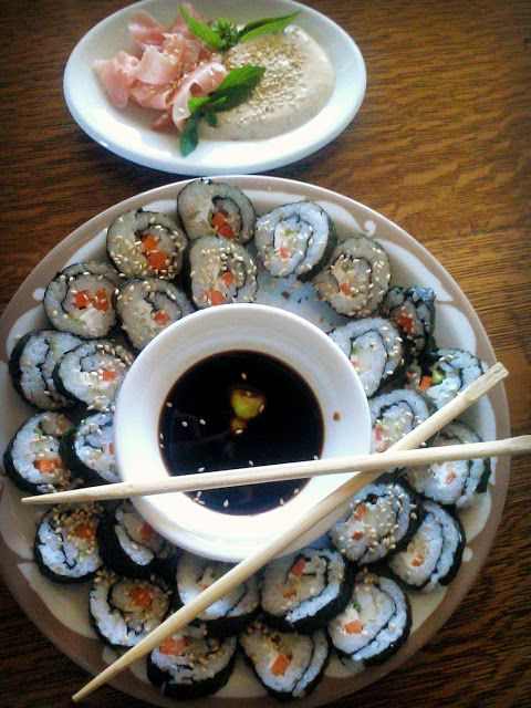 In and Out of the studio and home...: in a hurry for sushi
