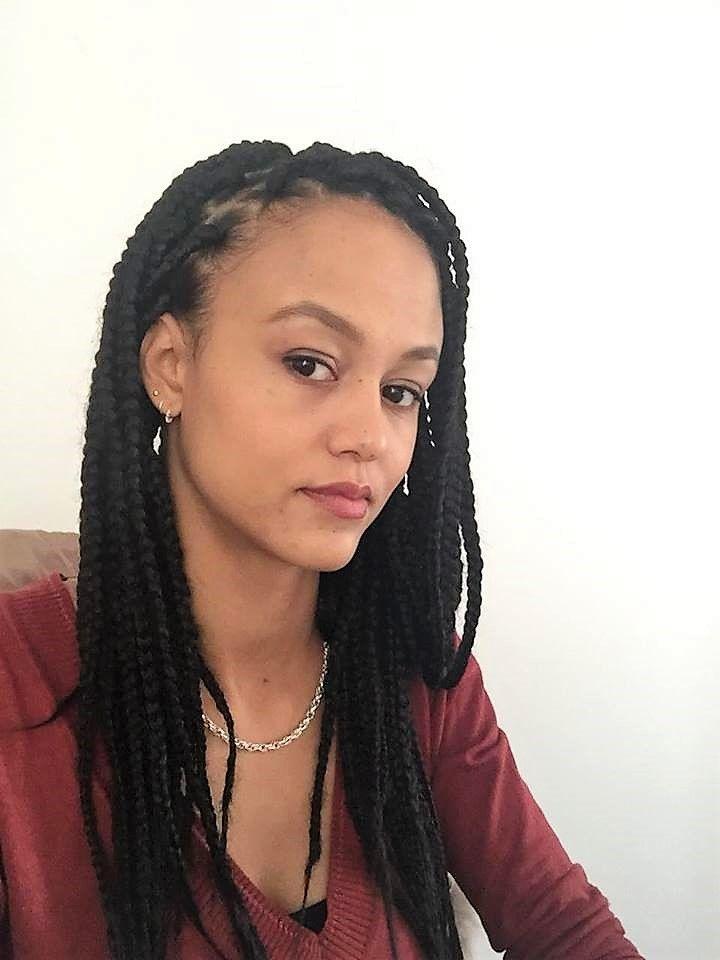 [Témoignage] « Bonjour Be Nappy et merci pour votre service! J'ai été #coiffée par Bijou Coiffures à Nanterre. Elle est douce, rapide et très agréable. Je la recommande.» Retrouvez nos prestations de #boxbraids longues sur  www.benappy.fr/categorie-produit/box-baids-longues/ ✂✂✂  #nappy #afro #hair #benappy #hairstyle #black #noir #paris #france #black #blackness #blackhair #nappyhair #afrohair #afrostyle #naturalhair #braids #tresses #afrohair #nattes #cheveuxcrepus #afrohairtsyle…