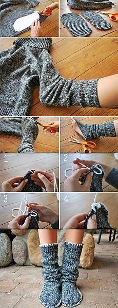 Теплые носки из старого свитера.