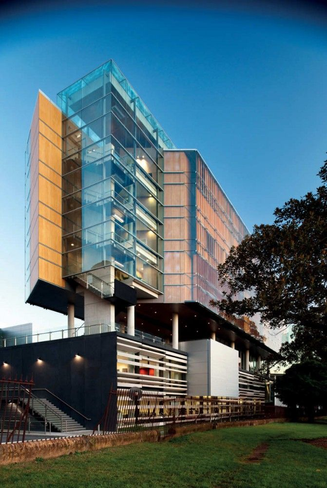 Faculty of Law, University of Sydney, Australia by FJMT