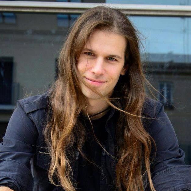 65dc3ecb16cbb809133fb238b9830741--man-with-long-hair-gothic
