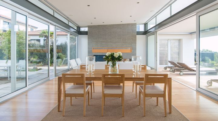 New Zealand new beach house in Mt Maunganui By Rogan Nash Architects