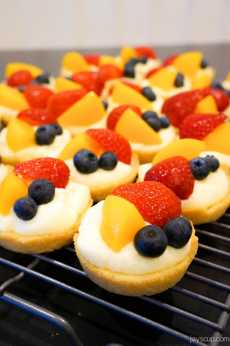 Fruit tarts are like little delicate bites of goodness - flakey, sweet, creamy. Yum! No only are they tasty, but also eye candy, so pretty! My sister shared with me this amazing recipe and now it's...