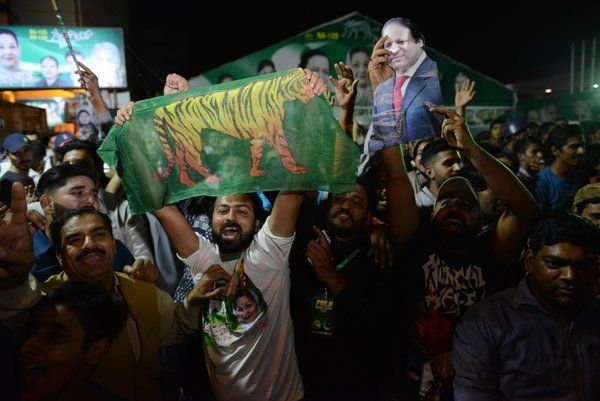 Nawaz Sharifs Supporters Win a Pakistan Election