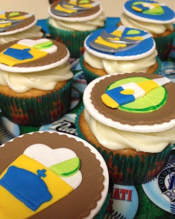 The 25 best Corona cupcakes ideas on Pinterest Beer cupcakes