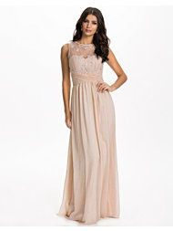 http://nelly.com/se/kl%C3%A4der-f%C3%B6r-kvinnor/kl%C3%A4der/festkl%C3%A4nningar/little-mistress-1053/embellished-maxi-dress-nelly-exclusive-530207-122/