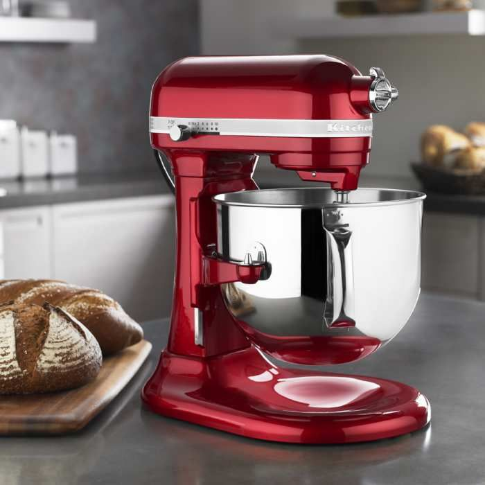 KitchenAid Pro Line Stand Mixer - 7 Quart I'm begging Scott for it!