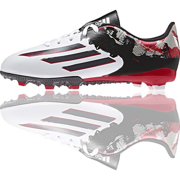 The Top 5 Kids Football Boots Under £50