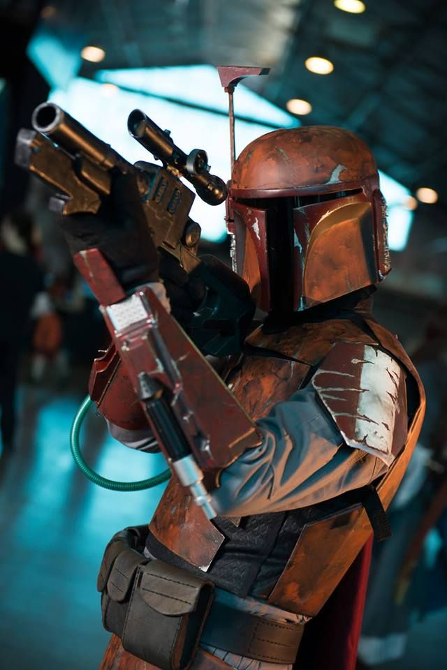 More sweet mandolorian merc costuming | Star Wars ...