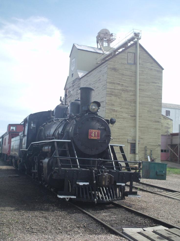 Alberta Prairie Steam Tours & Stettler P Elevator