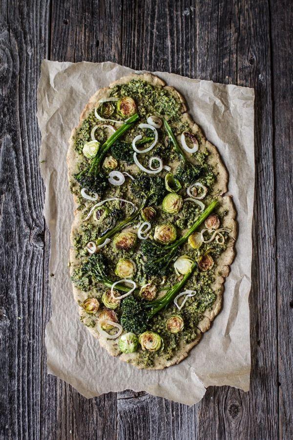 Very Green Vegan Pesto Pizza (and gluten-free!) | edibleperspective.com