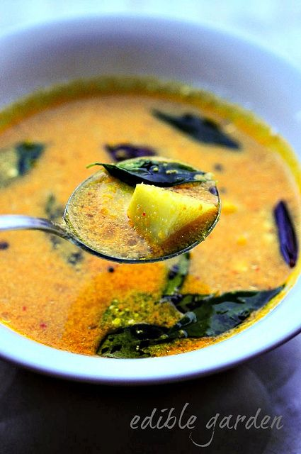 Pulissery Recipe - Kerala Pulissery Recipe for Onam Sadya quick and easy 25 min