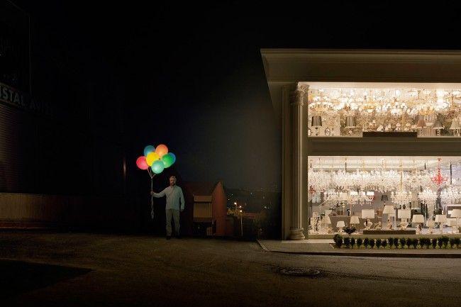 """Servet Kocyigit (1971) condensa nelle sue opere tutta quella tensione al margine dell'attualità del proprio tempo. """"Truth Serum"""" alle Officine dell'Immagine a #MIlano è la sua prima personale italiana, curata da da Silvia Cirelli. Recensione di Matteo Galbiati: http://bit.ly/ServetKocyigit-TruthSerum [Servet Kocyigit, Night shift, 2012, C-print, 120x180 cm, edizione di 5 Courtesy dell'artista e Officine dell'Immagine, Milano]"""