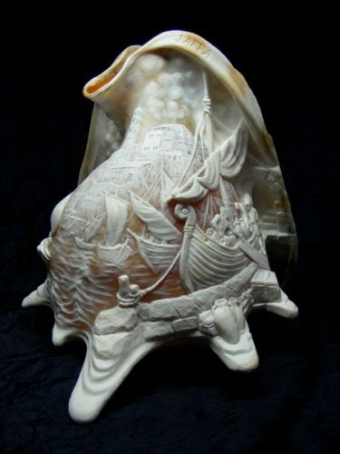 Leon (Leonid) Kuskin (Belarus, born 1949) Carved Sea Shell. Large cameo is carved from all its sides. ~ size h - 20.5cm