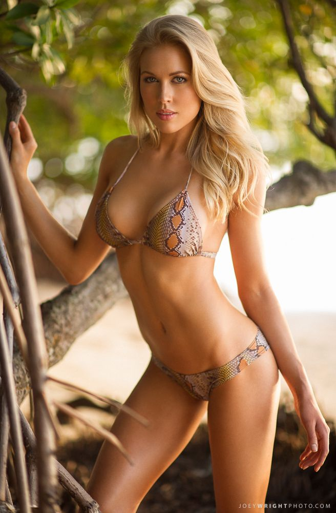 Pics si bikini babes