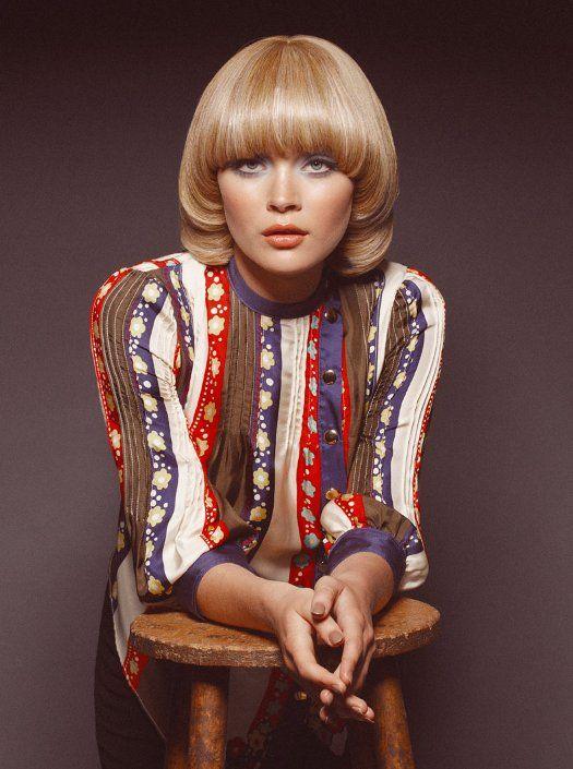 Verdigris Vie: Seventies Style.  She looks like Catherine Deneuve