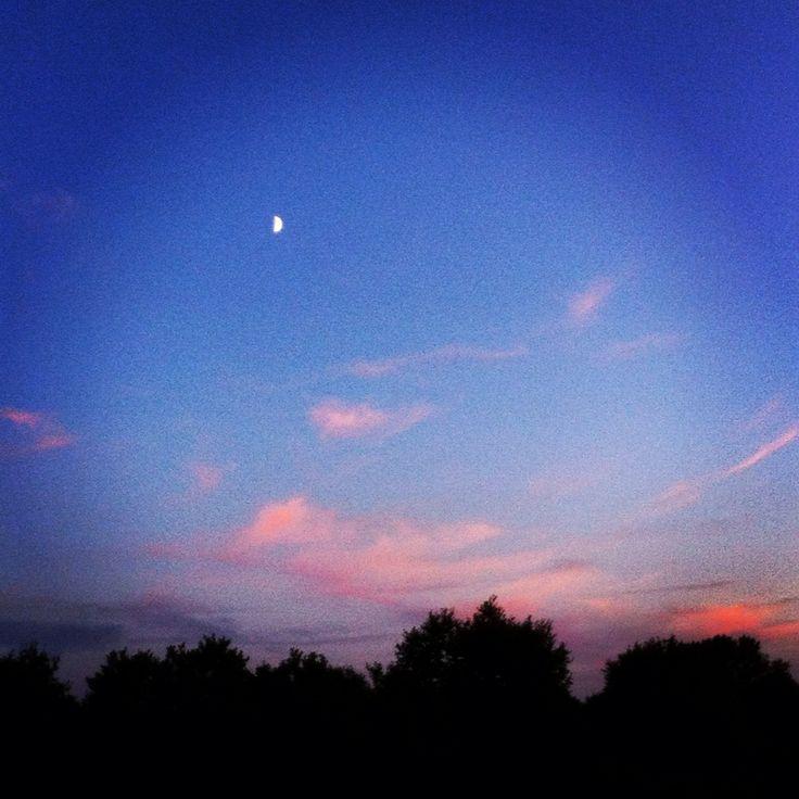 Moon in Boughton, Kent
