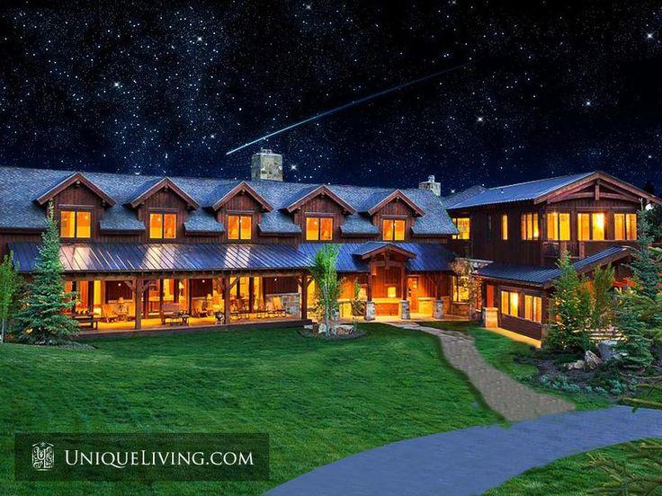6 Bedroom Villa | The Hamptons, New York, United States - €2,235,564