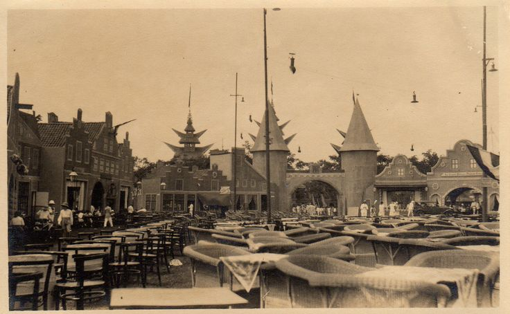 Pasar Gambir market? in Batavia in the Dutch East Indies in the thirties | by Karin Riper († 24 April 2015)