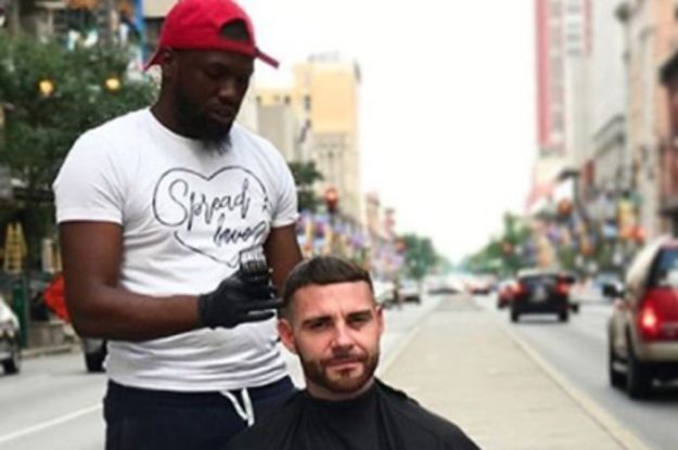 This Barber Was Giving Free Haircuts To Homeless People So A Stranger Gave Him A New Barbershop Mens Haircuts Short Free Haircut Mens Hairstyles Short