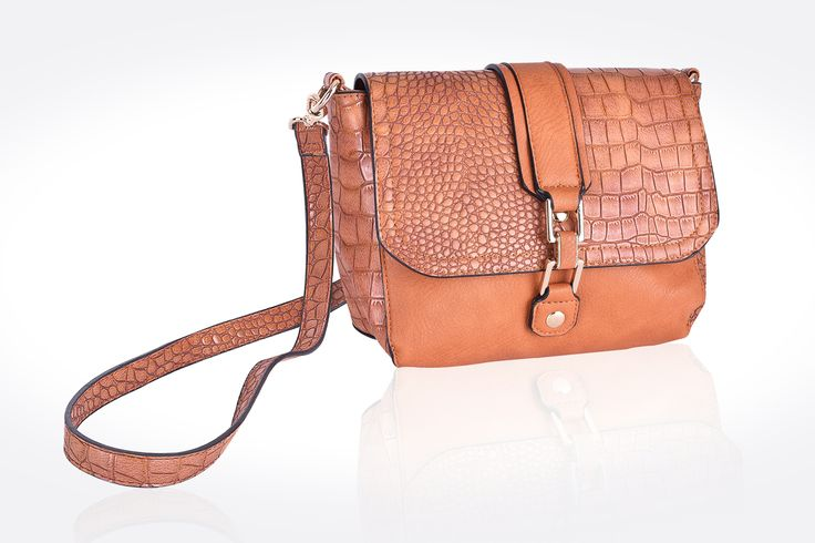Bag photograph. Pozr Photography offers product photography.