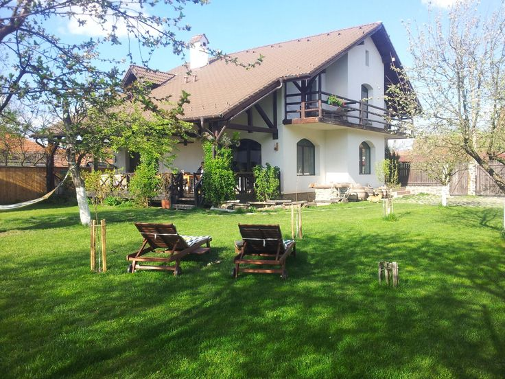 Casa Mosului, Transilvania, Romania. The house is close to the centre of the village, which is near Fagaras Mountains on the Cartisoara River http://www.organicholidays.com/at/3376.htm
