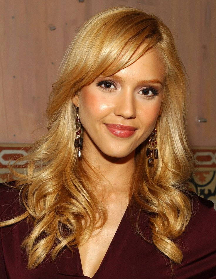 12 Best Dark Blonde Hair Colors - Bronde Hairstyle Inspiration