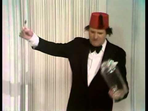 """Tommy Cooper - The Dancing Spoon - """"Spoon jar-jar spoon!"""""""