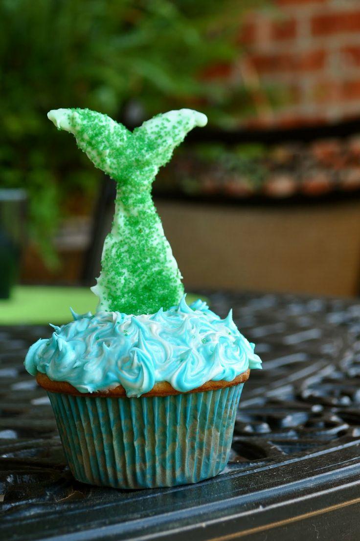 Mermaid tail cupcake: Cupcake Tutorial, Mermaid Tails, Mermaids, Party Ideas, Tail Cupcakes, Mermaid Party, Birthday Party, Mermaid Cupcakes