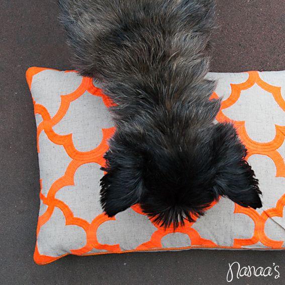 Kussen neon oranje patroon #pattern #orange #cushion #pillow #neon #nanaas