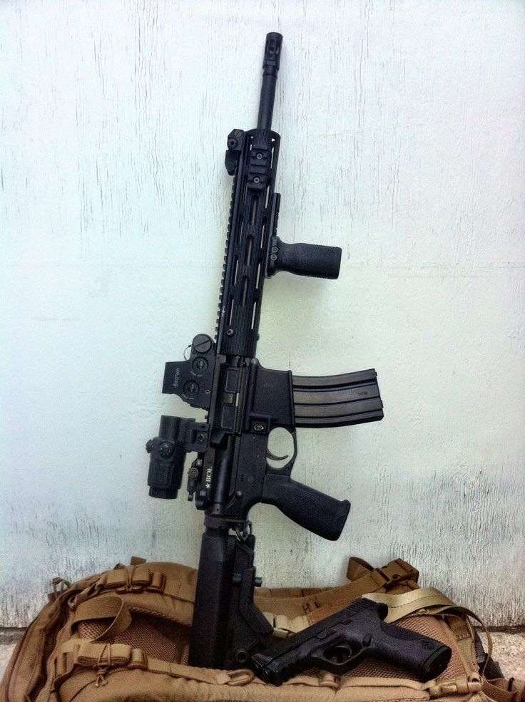 """Specs: BCM Upper and Lower BCM 14.5"""" 1:7 twist 5.56 barrel with BCM Mod 1 Compensator Troy VTAC Alpha 11"""" free float rail EOTech XPS 2-2 EOTech G33 magnifier Troy front sight Knights Armament 200-600 micro rear sight BCM BCG Geissele G2S trigger group B5 Systems Bravo stock BCM Mod 0 pistol grip Magpul RVG Magpul Trigger Guard B5 Systems QD receiver plate Emdom E-MM Gunslinger single point sling S&W M&P40"""