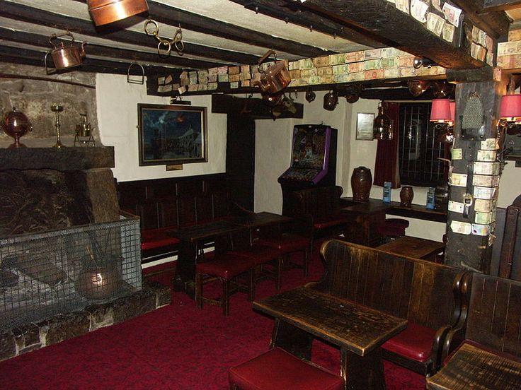 File:Jamaica Inn bar1.jpg