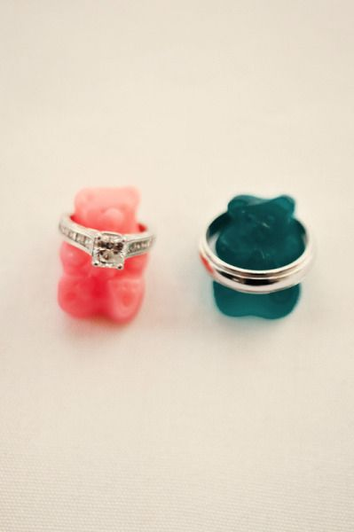 omg wedding bands around gummy bears. cutest picture ever!Datacomponenttypemodalpin, Cutest Pictures, Gummy Bears, Bears Lovers, Love Is Sweets, Gallery, Wedding, Bears Colors, Rings Pictures