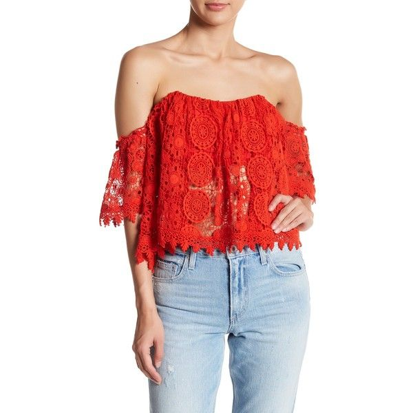 Tularosa Amelia Cropped Shirt ($94) ❤ liked on Polyvore featuring tops, cayne, lining shirts, red shirt, half sleeve crop top, crop shirt and crop top
