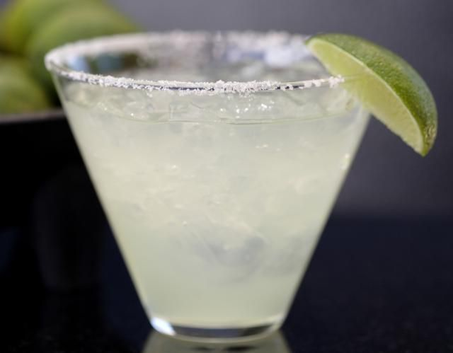 Cut the Carbs and Unwind with This Margarita Recipe