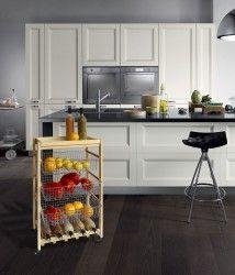 Artù - Kitchen trolley in beech wood with steel baskets and 5 bottle rack. / Carrello da cucina in legno di faggio con cestelli in acciaio e ripiano per 5 bottiglie.