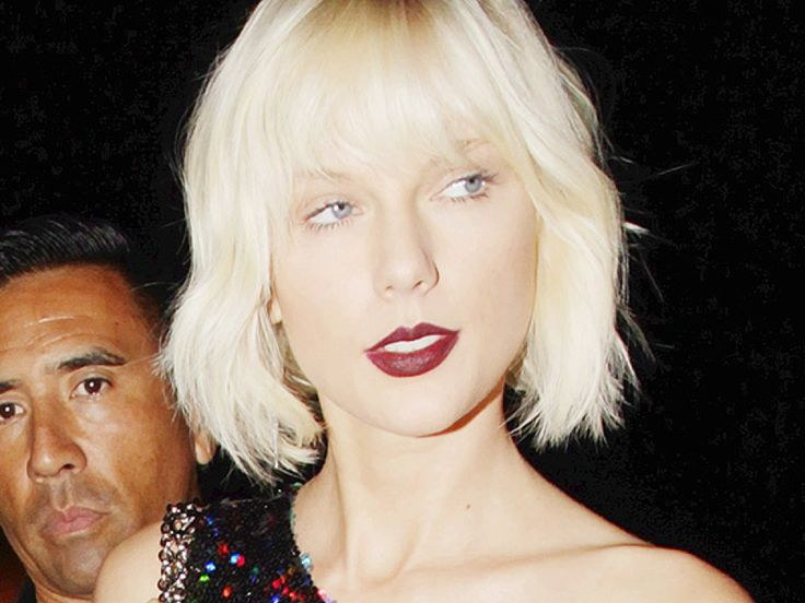 taylor swift hair | Taylor Swift's Hair At Gigi Hadid's Birthday — Bleached Blonde ...