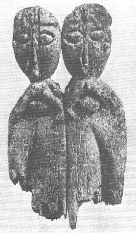 Posąg kultowy podwójny. M. znalezienia: Ostrów (Wustrow), Wyspa Rybacka (Fischerinsel) na Jez. Dołęskim/Doleńskim, Niemcy, Połabie // Slavic idol